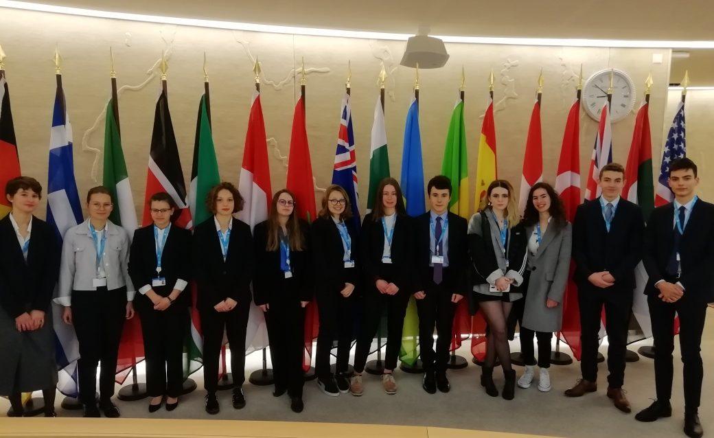 FerMUN 2020  -  Délégation du Lycée Vaugelas à la cérémonie d'ouverture. 8 janvier 2020.jpg
